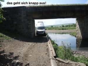 ansonsten 15 km Feldweg retour!