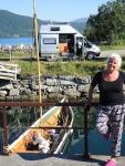 50 M weiter gibts einen kl. Hafen, sind etwassüdl.v.Tromsö