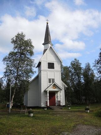 eine schöne Sami - Kirche in Akkarede